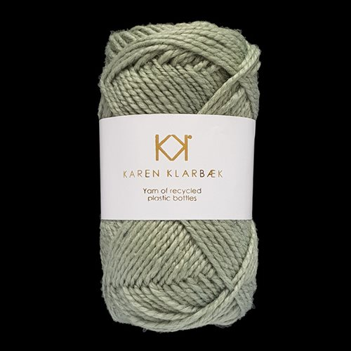 Recycled Bottle Yarn 15 Light sage green